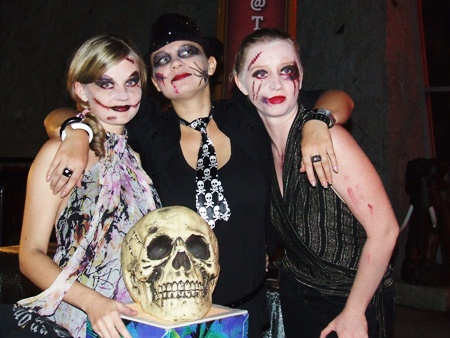 It's a witches night out at Hard Rock.
