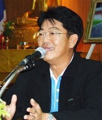 Chonburi Gov. Wichit Chatpaisit is pushing harder to promote Banglamung as the host for the 2020 World Expo.