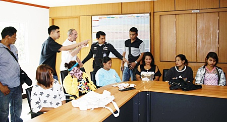 Members of the Chotang family are hardly strangers to Pattaya Police, as they have been arrested several times before. Perhaps it's time for a stiffer sentence.