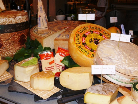 The Pullman Aisawan Pattaya cheese night is superb.