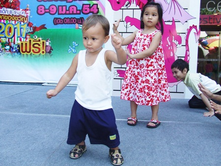 I can dance if I want to … at Central Festival Center.