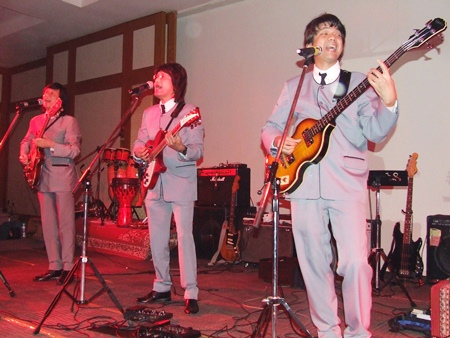 The Beaters perform old Beatles tunes.