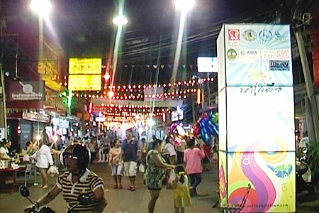 "The 'walking street"" Old Town market in Naklua has closed for an indeterminate period."