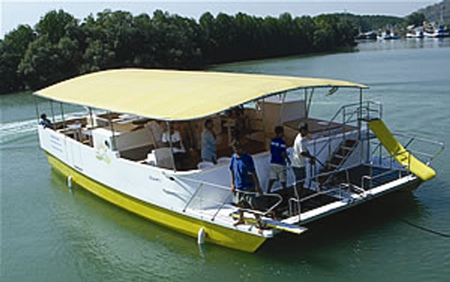 The SunCat is Mermaid Cruises' second electric boat, and offers capacious accommodation for all day cruising on the Prachin River.