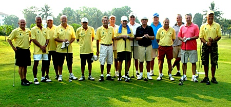 The match-play teams line up at Eastern Star.