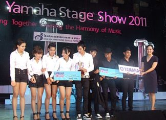 The J-Pop K-Pop winning team was the Life Stage Cover Team from Boss Dance Studio.