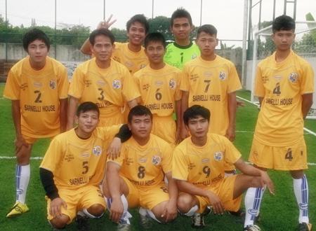 The Sarnelli House team from Nong Khai.