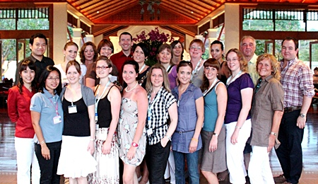 Michael Delargy (back row 5th left), GM of the Sheraton Pattaya Resort welcomes a group of top selling travel agents from Germany. Organized by the Tourism Authority of Thailand (TAT) and Dertour GmbH, the group was on a site visit to promote not only the hotel, but Pattaya as a preferred tourist destination.