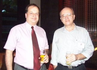 Two BCCT brains at work, Greg Watkins (left), BCCT executive director and Stephen Frost (right) from Bangkok International Associates.