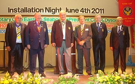 President Hubert Meier, (3rd left) Rotary Club Phoenix Pattaya with his board of directors. (l-r) IPP Peter Aisleitner, PP Trutz Fikkidow, Michael Wünsche, Otto Hönerbach and Johann Conzen.