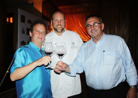 Full marks go to Jonathon Glonek, MD Bangkok Fine Wine, Spencer Kells executive chef of Sheraton Pattaya and Leigh Gilligan, winemaker from the Broken Hills Estate.