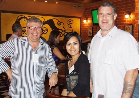 (l-r) Louis J. and Annda (4A Properties) are well protected by Joe Cox (Defence International Security Services).