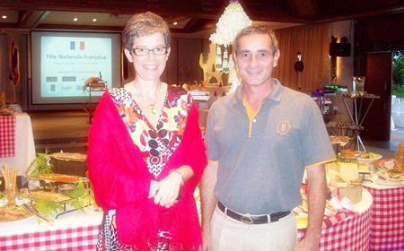 Serge Rigodin (right), Operations Manager of Pullman Pattaya Aisawan welcomes Sophie Renaud (left), Consul of the French Embassy in Bangkok, who was chief guest at the French National Day celebrations held at the resort recently. The French community in Pattaya attended in force. The evening culminated in a colourful fireworks display.