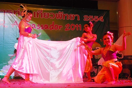 The Matchanu Team performs their traditional contemporary Thai dances.