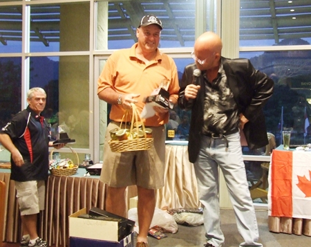 Low gross of 81 for the day was won by Doug Lynch.