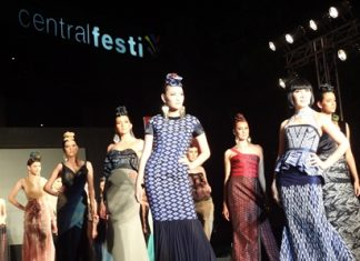 Models strut their stuff at Central Festival Pattaya Beach as part of the 2nd Pattaya International Fashion Week.