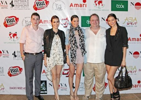 Michael Procher, GM Nova Platinum Hotel, Nova Gold Hotel & Amari Nova Suites (2nd right) and Sascha Kunze, Hotel Manager of Nova Platinum Hotel (far left) pose with models at a special Fashion Week Party held at the Nova Platinum Hotel.