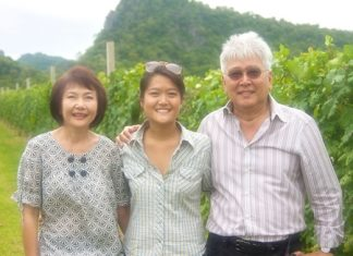 Winemaker Nikki Lohitnavy (middle) with parents; Visooth and Sakuna Lohitnavy