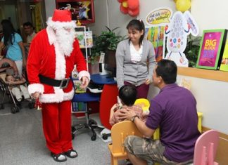 Word on the grapevine has it that Santa will sneak away from his chores to visit Bangkok Hospital Pattaya on November 26.