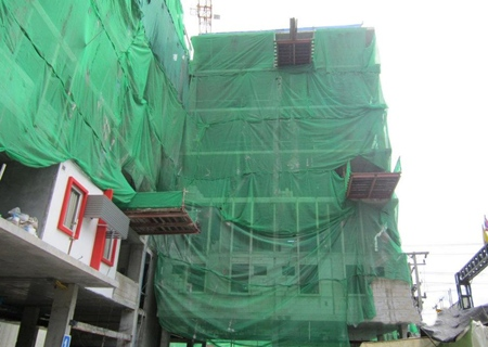 Structural work almost finished on the Tune Hotel located in Pattaya.