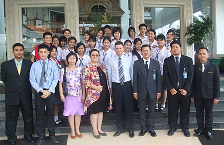 Students and faculty from the Piboonbumpen Demonstration School of Burapha University, led by Ajarn Piangruethai Weerasak (3rd left) and Ajarn Suttasinee Srijak (4th left) visited the Royal Cliff Hotels Group on a hospitality & service industry educational tour recently.  They were welcomed by Joachim Grill (4th right), GM of the resort and his management team.