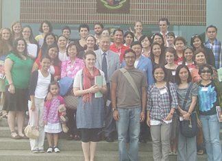 A happy farewell after a most intense teacher-training seminar weekend.
