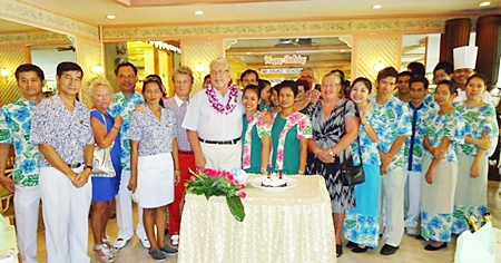 Management and staff of the Montien Hotel, Pattaya showed true Thai hospitality when they turned out in force to wish Kauko Vehosalo from Finland a happy 70th birthday. Family and friends were truly impressed with the thoughtful gesture.