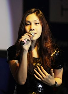 The crowd loved Nuntrita Khampriranon (Bell) who was a finalist in Thailand's Got Talent.