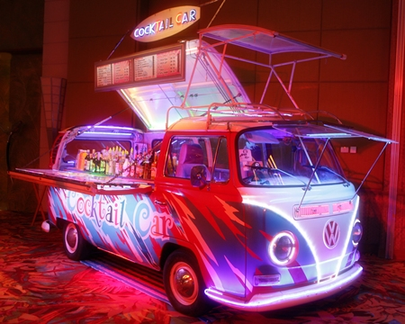 One of the popular and funky VW Cocktail Vans prior to the 600 guests descending upon it.