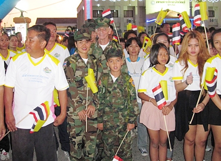 At the starting line, Young Marines from Pattaya and other participants in Sattahip's Mini-Marathon.