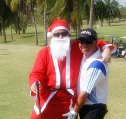 Derek gets some last minute tips from Santa before his victory on Saturday.