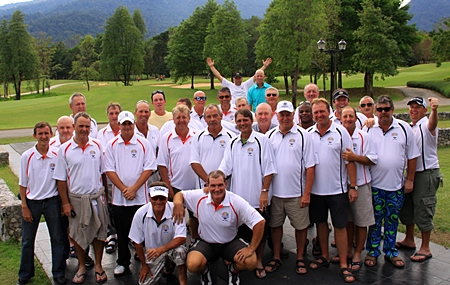 The 2012 Mulberry Ryder Cup teams.