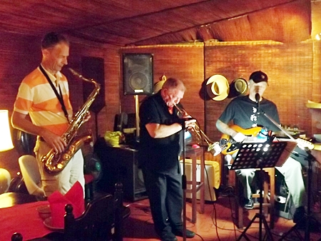 Experience a great vibe at The Jazz Pit.