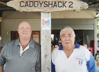 Wednesday winner Mark Campbell (left) with Herbie Ishinaga.