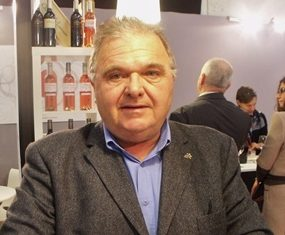 Jacques Bacou: travelling wine-maker.