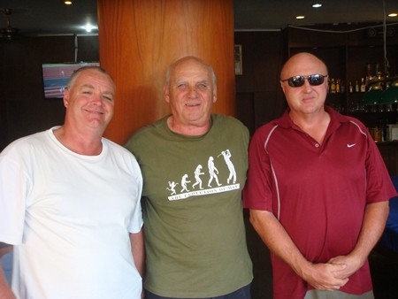 St Andrews winners: Glenn Eldershaw, Frank Dunstan & Phil Groves.