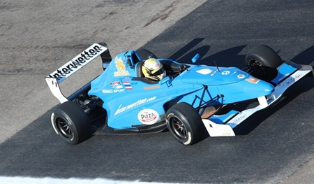 Stuvik test drives with the Interwetten Junior Racing team.