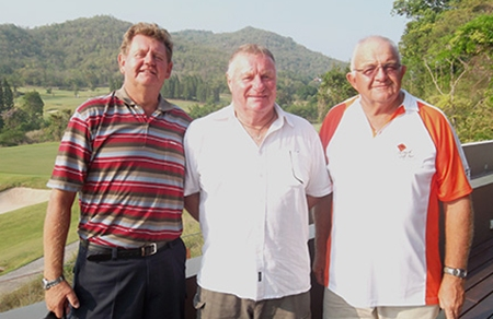 The winner, Don Everett (centre) with runner up Rod Crosswell (left) and third placed Barney Clarkson.