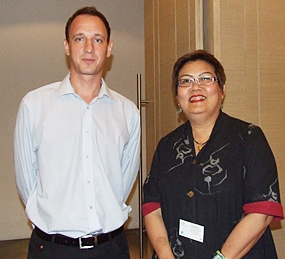 (L to R) Paul Gater, business development and engineering manager, Autoliv (Thailand) Ltd.; Wilasinee Towijit, branch manager, JAC Recruitment Eastern Seaboard.