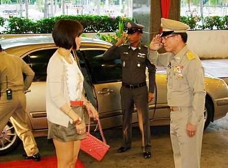 HRH Princess Ubolratana Rajakanya receives a royal welcome as she arrives at the Ambassador City Jomtien Hotel.