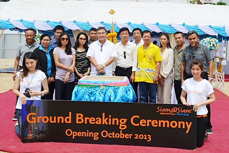 A ground-breaking ceremony was held for the new Siam @ Siam Design Hotel and Spa project on Second Road recently. The ceremony was presided over by Pornpinit Pornprapha (5th left), MD of the company.