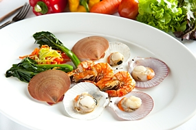 Andaman seafood skewer at Flames.