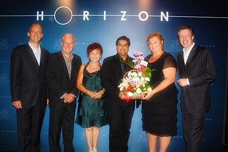 (From 2nd left) Pattaya Mail's Dr. Iain Corness, Elfi Seitz and Tony Malhotra congratulate Hilton Pattaya Peta Ruiter, Director of Business Development, Hilton Pattaya along with Michel Scheffers, director of operations and Harald Feurstein, (left) General Manager.