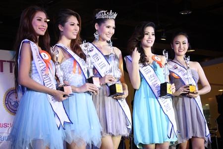 (L to R) Aphiya Ladkrathum, third runner up; Chanokanan Tochuwong, second- runner up; Supaporn Netwong, Miss Air Sea Land Pattaya 2012; Pimchanok Jitchu, first-runner up; and Thanyachanok Phetraiyuthpan, fourth runner up.
