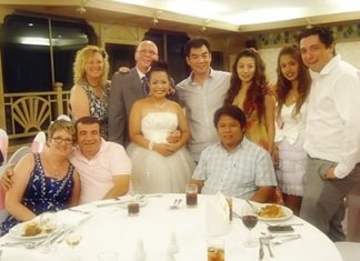 Family and friends joined Rainer and his bride Boonyanut to celebrate the happy occasion of their wedding at the Montien Hotel, Pattaya recently.