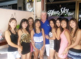 """banchang girls The camel pub and restaurant in ban chang was the first hostelry to open on the now famous """"ban chang strip"""" in ban chang, more than 12 years ago."""