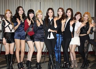 South Korean pop group Girls' Generation pose for a photo during a press conference in New York. (Photo/EPA/Yonhap)