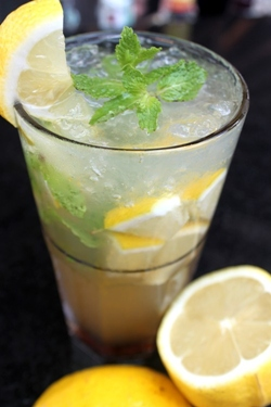 Refreshing Lemon Mojitos at Havana Bar & Terrazzo, Holiday Inn, Pattaya.