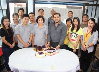 On the 23rd of July, staff of the Pattaya Mail held a mini party in our offices to celebrate our 19th birthday. A handful of our dedicated and loyal staff gathered around Prince and Tony Malhotra to cut and partake in the colourful and delicious birthday cakes which were presented to us by the Hilton Pattaya and Amari Orchid Hotels.
