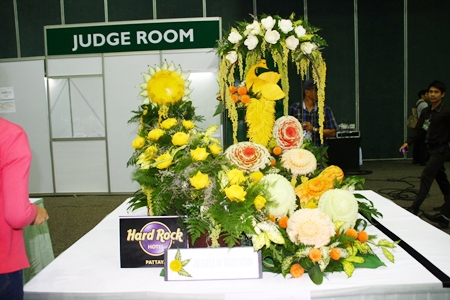 Hard Rock Pattaya Hotel's entry in the flower arrangement contest.